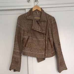 Stylish brown jacket from Pixie Market